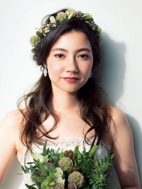 Clothing, Green, Eye, Eyebrow, Photograph, Petal, Hair accessory, Headpiece, Dress, Beauty,