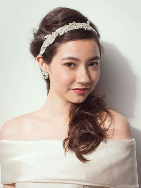Clothing, Lip, Hairstyle, Forehead, Shoulder, Eyebrow, Bridal accessory, Hair accessory, Dress, Headpiece,
