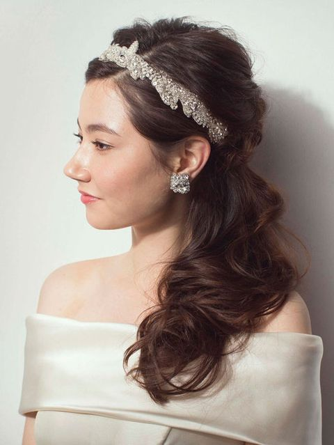 Clothing, Hairstyle, Forehead, Bridal accessory, Shoulder, Eyebrow, Photograph, Hair accessory, Wedding dress, Headpiece,