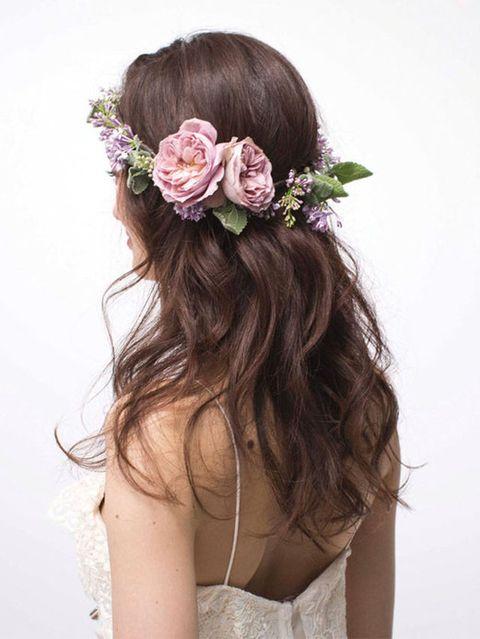 Petal, Hairstyle, Shoulder, Flower, Hair accessory, Style, Headpiece, Headgear, Beauty, Long hair,