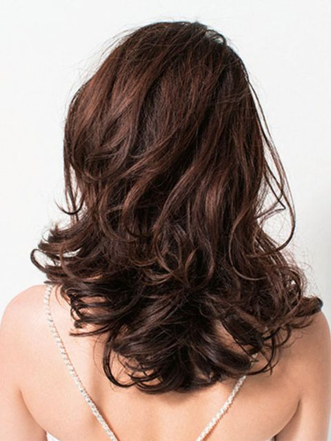Brown, Hairstyle, Shoulder, Joint, Jewellery, Style, Beauty, Brown hair, Neck, Chest,