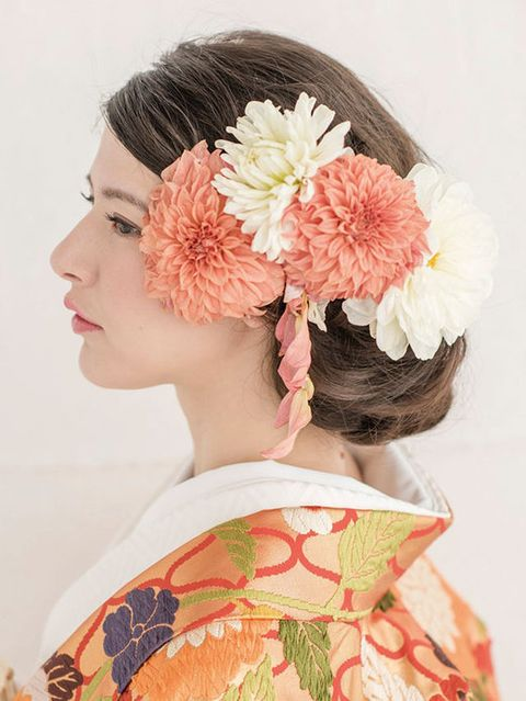 Hairstyle, Flower, Style, Petal, Headgear, Peach, Artificial flower, Hair accessory, Floral design, Makeover,