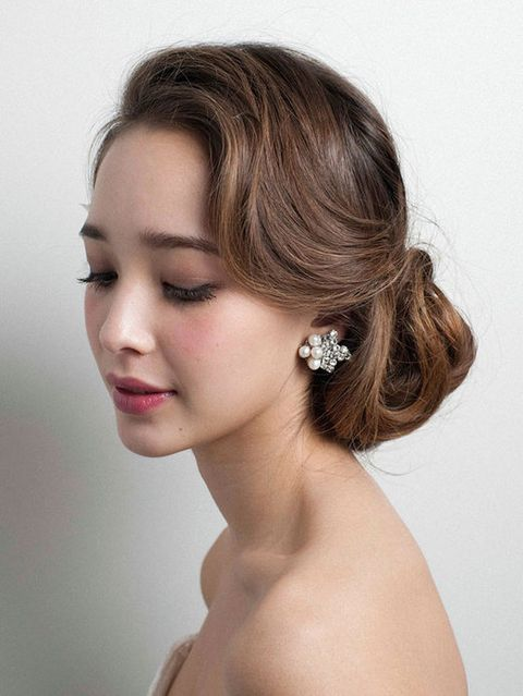 Ear, Lip, Hairstyle, Skin, Chin, Forehead, Shoulder, Eyebrow, Eyelash, Style,