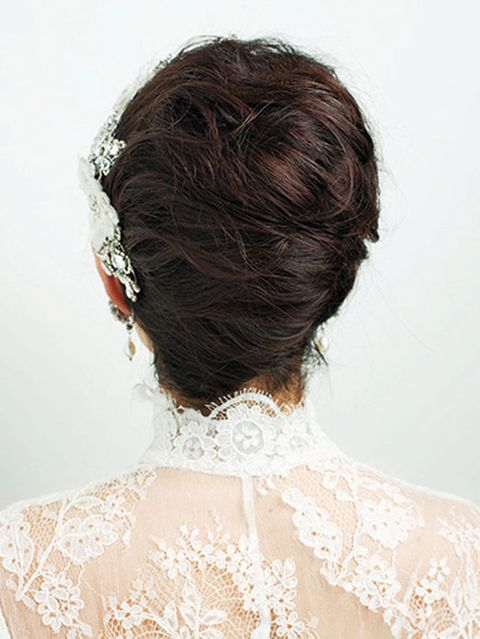 Clothing, Hairstyle, Shoulder, Textile, Style, Wedding dress, Bridal accessory, Neck, Red hair, Liver,