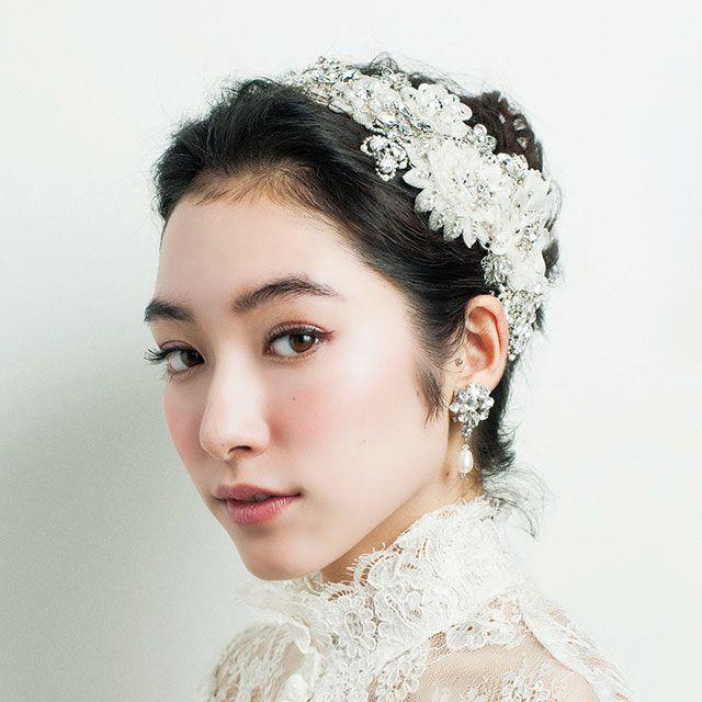 Clothing, Ear, Lip, Hairstyle, Eye, Skin, Forehead, Eyebrow, Textile, Bridal accessory,