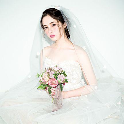 Clothing, Bridal clothing, Dress, Skin, Petal, Bridal veil, Veil, Photograph, Wedding dress, Bride,