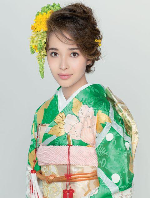 Hair, Kimono, Clothing, Costume, Hairstyle, Shimada, Child model, Tradition, Smile, Child,