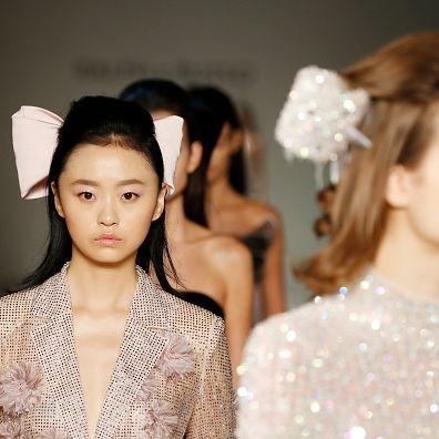 Hair, Fashion, Hairstyle, Haute couture, Skin, Beauty, Headpiece, Fashion design, Fashion model, Lip,