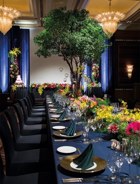 Building, Interior design, Floristry, Room, Decoration, Flower, Floral design, Flower Arranging, Function hall, Restaurant,