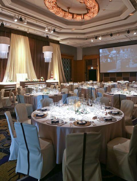 Wedding banquet, Function hall, Restaurant, Decoration, Rehearsal dinner, Banquet, Room, Interior design, Lighting, Table,
