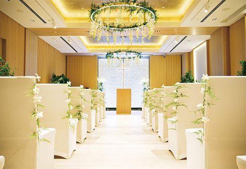 Ceiling, Yellow, Interior design, Lighting, Room, Building, Decoration, Function hall, Lobby, Light fixture,