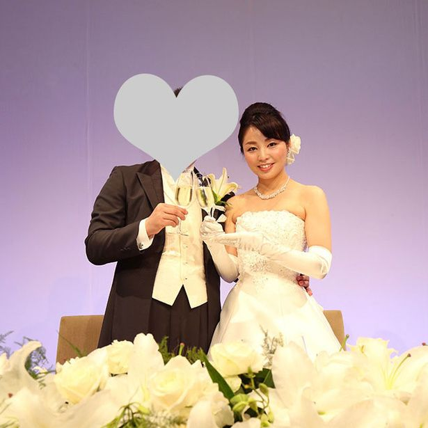 Clothing, Petal, Bouquet, Flower, Dress, Happy, Cut flowers, Formal wear, Bridal clothing, Wedding dress,