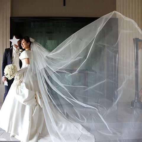Bridal veil, Bridal clothing, Dress, Veil, Photograph, Wedding dress, Formal wear, Bride, Coat, Gown,