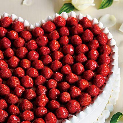 Food, Berry, Natural foods, Strawberry, Fruit, Strawberries, Sweetness, Alpine strawberry, Plant, Frutti di bosco,