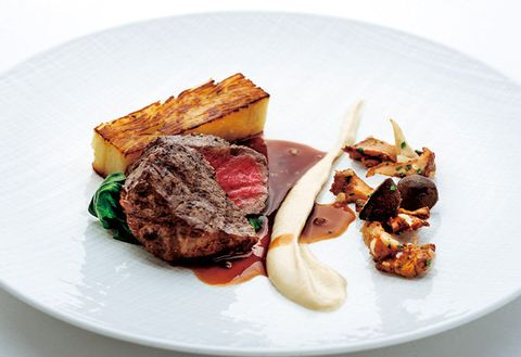Dish, Food, Cuisine, Ingredient, Meat, Venison, Flat iron steak, Veal, Steak au poivre, Produce,