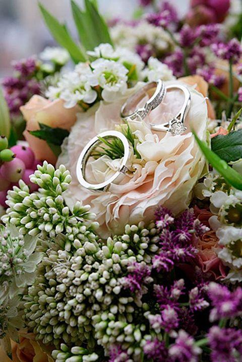 Petal, Flower, Pink, Purple, Flowering plant, Floristry, Cut flowers, Bouquet, Lavender, Flower Arranging,