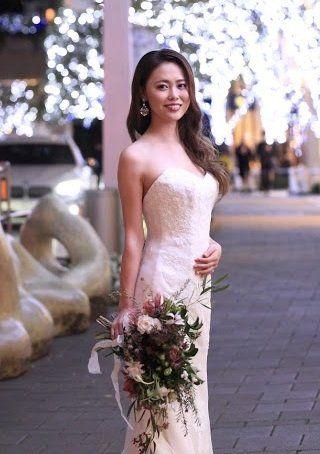 Dress, Gown, Clothing, Photograph, Bride, Shoulder, Wedding dress, Bridal clothing, Beauty, Bridal party dress,