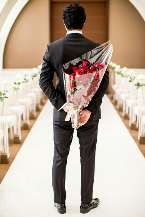 Suit, Clothing, Formal wear, Tuxedo, Ceremony, Tie, Wedding, Photography, Fashion accessory, Flower,