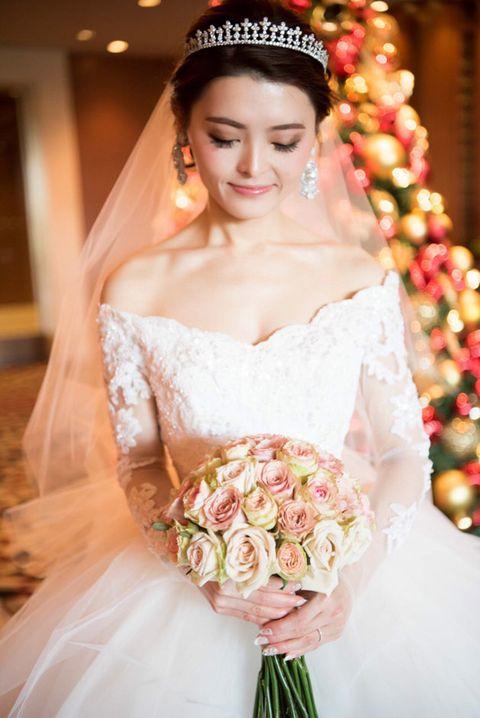 Bride, Hair, Wedding dress, Dress, Photograph, Gown, Veil, Bridal clothing, Headpiece, Clothing,