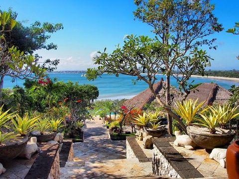 Property, Vegetation, Real estate, Sky, Vacation, Botany, Tropics, Azure, Ocean, Tree,