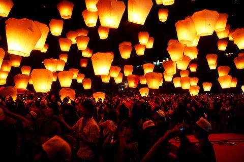 Lantern, Lighting, People, Orange, Light, Crowd, Event, Heat, Vigil, Audience,