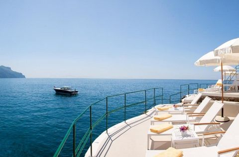 Luxury yacht, Yacht, Boat, Sky, Sea, Deck, Vacation, Ship, Vehicle, Ocean,