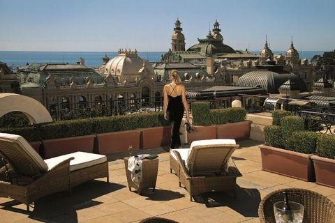 Tourism, Architecture, Tree, Building, Sculpture, Vacation, Roof, City, Furniture, Plant,