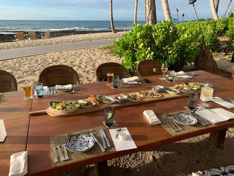 Table, Meal, Brunch, Restaurant, Resort, Outdoor table, Vacation, Furniture, Lunch, Room,