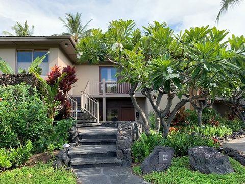 Property, Vegetation, Real estate, House, Tree, Home, Plant, Botany, Building, Garden,