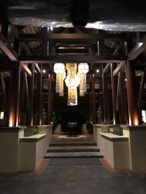 Building, Architecture, Interior design, Beam, Ceiling,