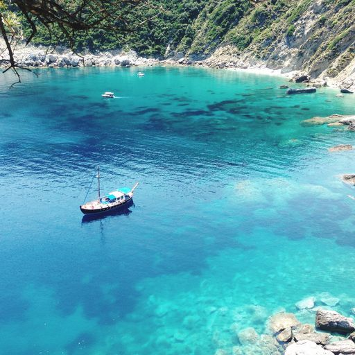 Body of water, Water, Water resources, Natural landscape, Turquoise, Blue, Sea, Azure, Coastal and oceanic landforms, Bay,