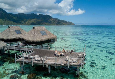 Sea, Natural landscape, Turquoise, Tropics, Sky, Water, Azure, Ocean, Coastal and oceanic landforms, Vacation,