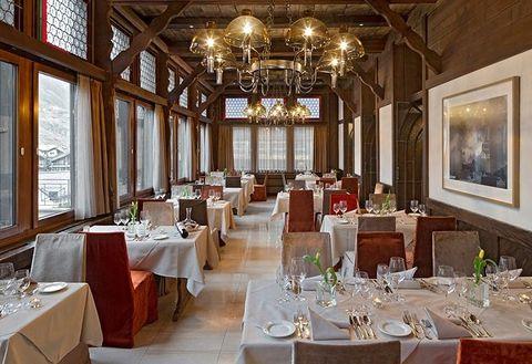 Restaurant, Room, Function hall, Dining room, Building, Interior design, Table, Rehearsal dinner, Furniture, Banquet,