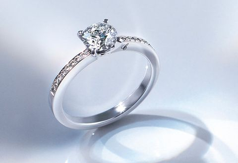Ring, Engagement ring, Jewellery, Pre-engagement ring, Platinum, Fashion accessory, Diamond, Body jewelry, Wedding ring, Wedding ceremony supply,