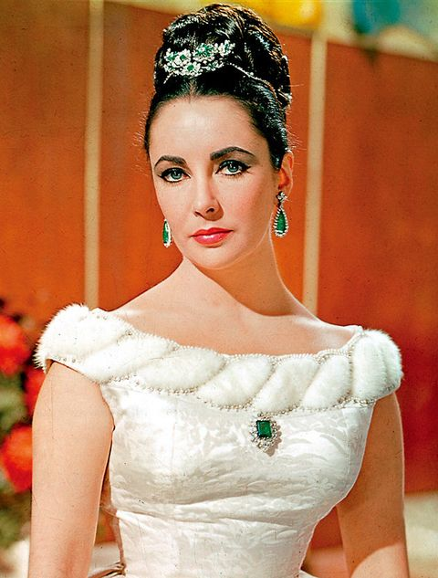 Clothing, Hairstyle, Shoulder, Dress, Style, Bridal accessory, Bridal clothing, Wedding dress, Headgear, Eyelash,