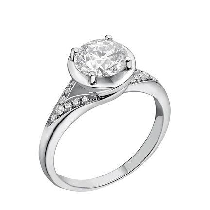 Jewellery, Ring, Engagement ring, Fashion accessory, Pre-engagement ring, Platinum, Diamond, Wedding ring, Gemstone, Metal,