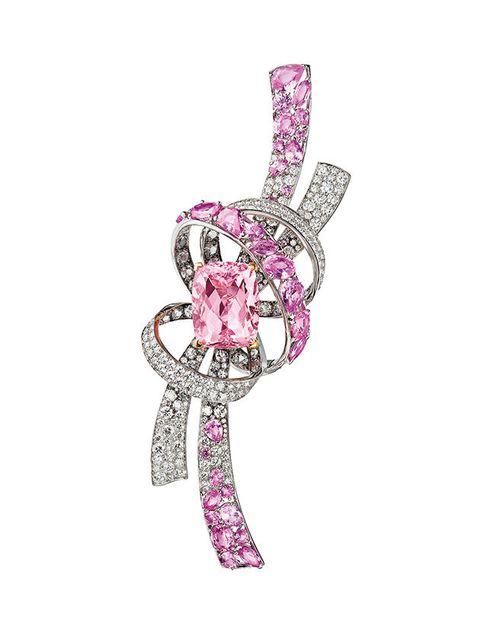 Jewellery, Fashion accessory, Diamond, Pink, Gemstone, Body jewelry, Engagement ring, Brooch,