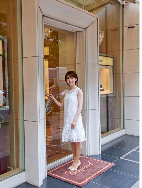 Shoulder, Floor, Flooring, Dress, Waist, Fixture, Street fashion, One-piece garment, Day dress, Transparent material,