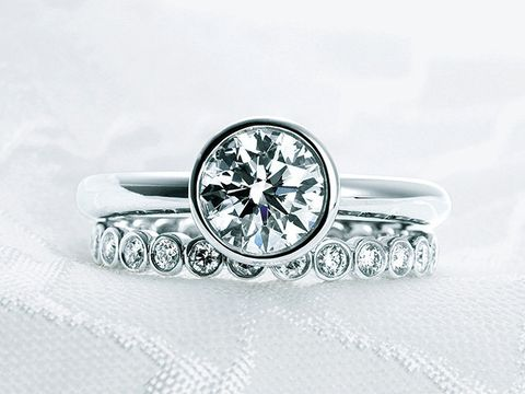White, Fashion accessory, Watch, Jewellery, Metal, Ring, Analog watch, Pre-engagement ring, Gemstone, Engagement ring,