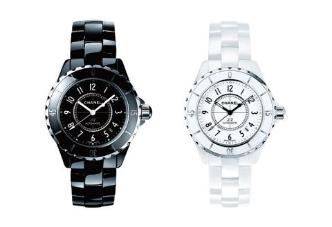 Watch, Analog watch, Watch accessory, Fashion accessory, Strap, Jewellery, Material property, Brand, Hardware accessory, Silver,