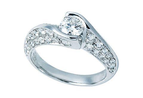 Jewellery, Fashion accessory, Pre-engagement ring, Ring, Engagement ring, Natural material, Fashion, Metal, Diamond, Macro photography,