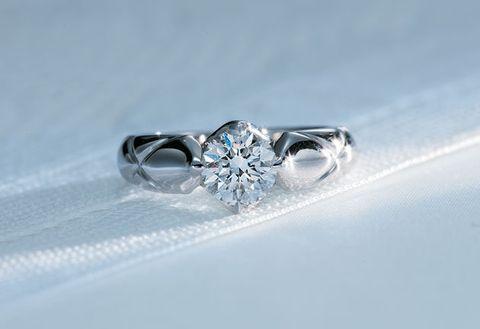 Ring, Engagement ring, Jewellery, Fashion accessory, Body jewelry, Pre-engagement ring, Platinum, Gemstone, Diamond, Wedding ring,