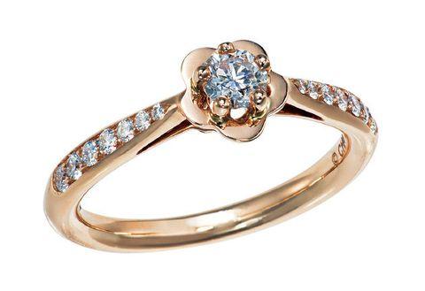 Jewellery, Ring, Engagement ring, Fashion accessory, Pre-engagement ring, Diamond, Body jewelry, Gemstone, Wedding ring, Wedding ceremony supply,