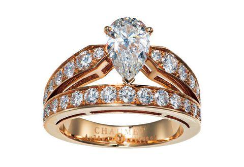 Ring, Engagement ring, Jewellery, Pre-engagement ring, Diamond, Fashion accessory, Gemstone, Wedding ring, Yellow, Body jewelry,