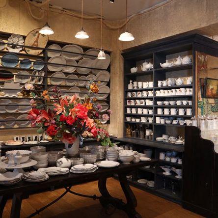 Interior design, Building, Footwear, Room, Furniture, Ceiling, Architecture, Eyewear, Shoe, Retail,