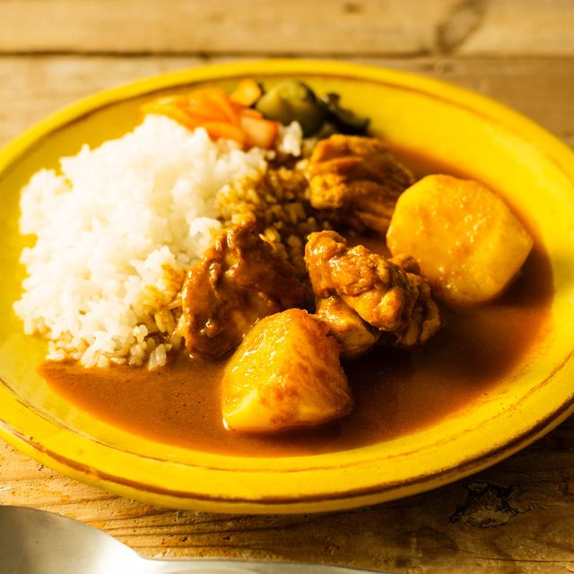 Dish, Food, Cuisine, White rice, Ingredient, Rice and curry, Steamed rice, Curry, Japanese curry, Produce,