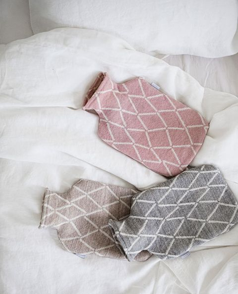 Pink, Product, Textile, Linens, Pillow, Pattern, Furniture, Bed sheet, Quilt, Pattern,