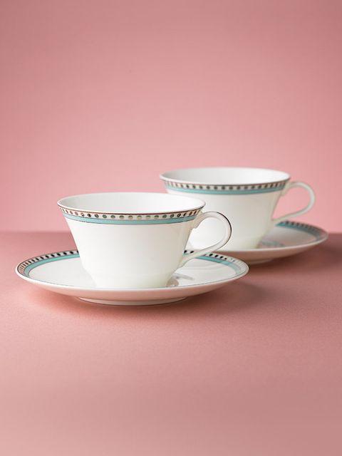 Coffee cup, Cup, Serveware, Drinkware, Dishware, Teacup, Porcelain, Tableware, Ceramic, Saucer,