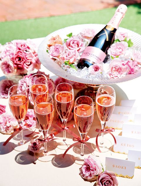 Champagne stemware, Wine glass, Pink, Stemware, Drink, Champagne, Alcoholic beverage, Wine, Drinkware, Glass,