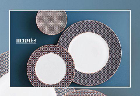 Product, Circle, Plate, Font, Dishware, Pattern, Tableware,